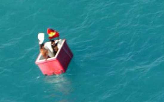 صندوق الثلج - 5 أشهر في عرض البحر