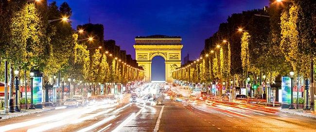 فرنسا - 1،028،446 كيلومتر