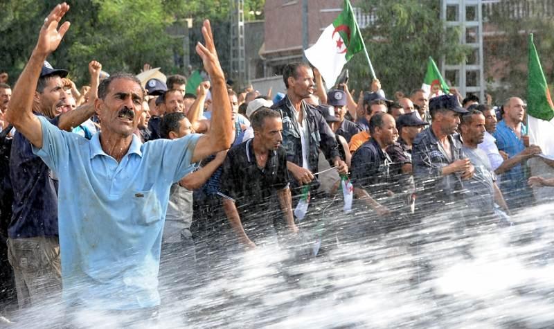 الجزائر - 12.3 بالمئة