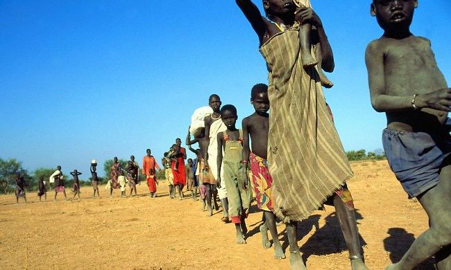 السودان - 430 ألف شخص