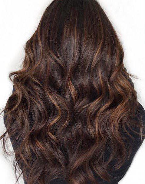 للسواك خصائص تحسن صحة الشعر