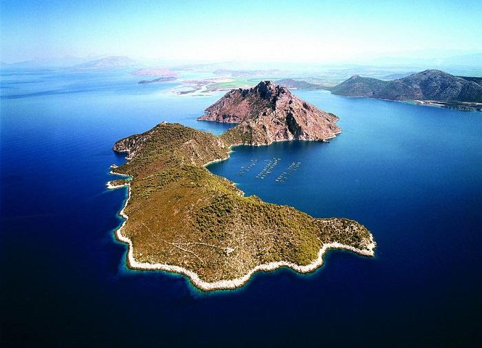 جزيرة نافسيكا Nafsika Island - بـ 7.6 مليون دولار