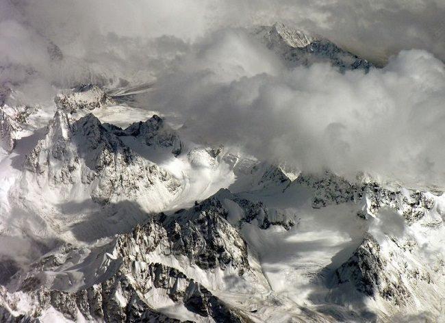 عاصفة التبت الثلجية سنة 2008 - مقاطعة لونزة في التبت