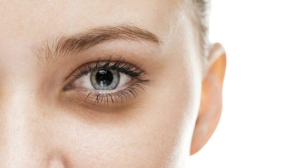 تغييرات العين