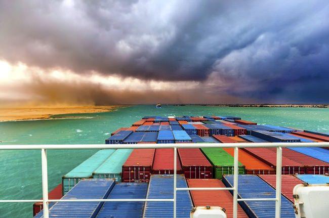 حفر التفريعة الجديدة لن يؤدي إلى زيادة عدد السفن العابرة