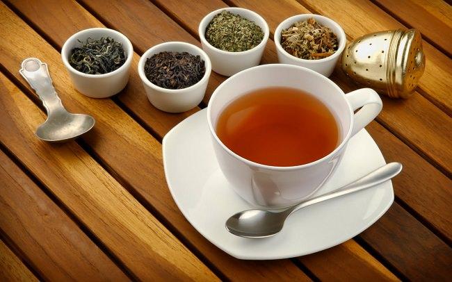 الشاي والكافيين