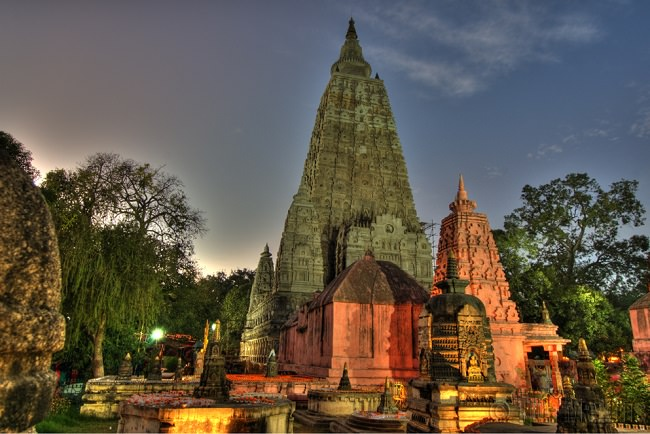 معبد مهابودهي - الهند