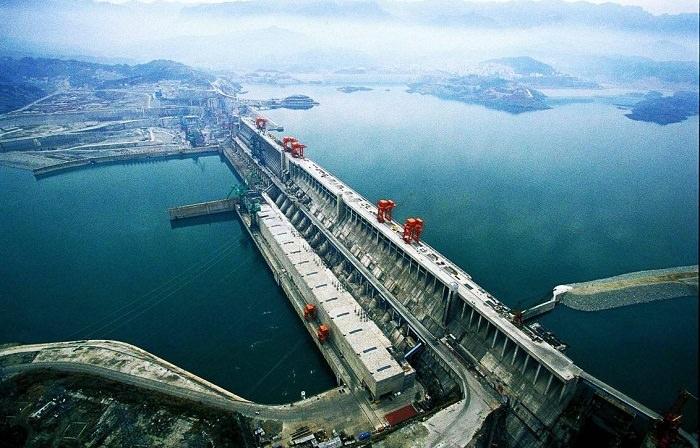 سد نهر «يانغتزي» في الصين - 25 مليار دولار