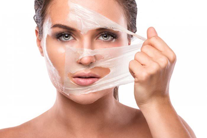 قناع لإزالة خلايا الجلد الميتة