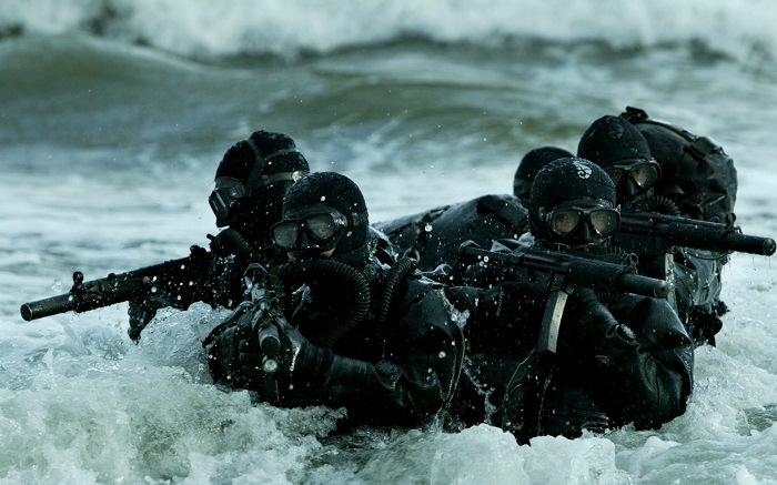 الفرقات البحرية والجوية والبرية «Navy SEALs» - الولايات المتحدة الأمريكية
