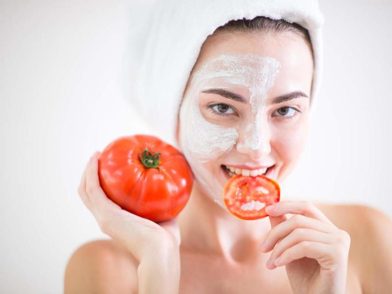 الطماطم والبشرة