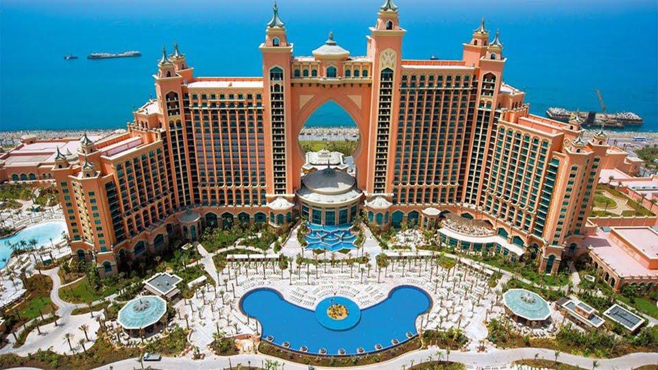 شكل الفندق من الخارج