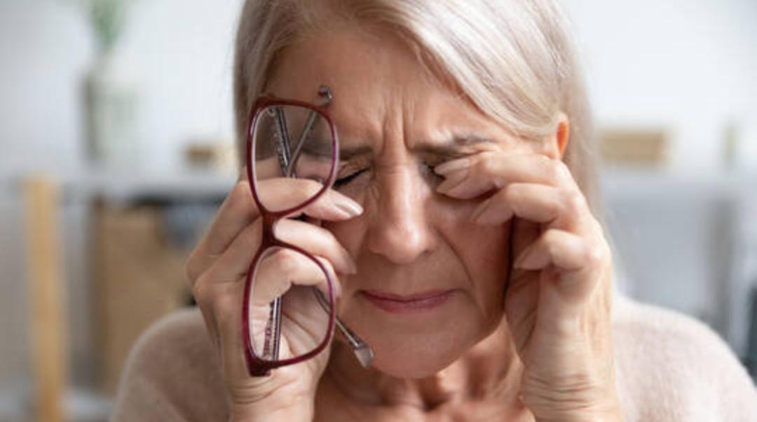 الخرف و ضعف البصر