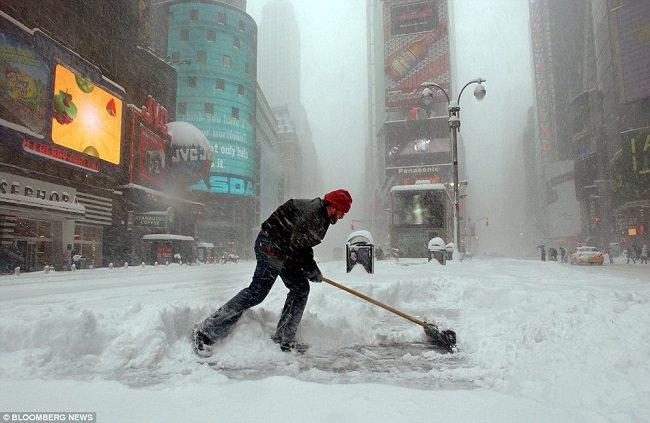 عاصفة نيويورك الثلجية سنة 2006 - الولايات المتحدة الأمريكية