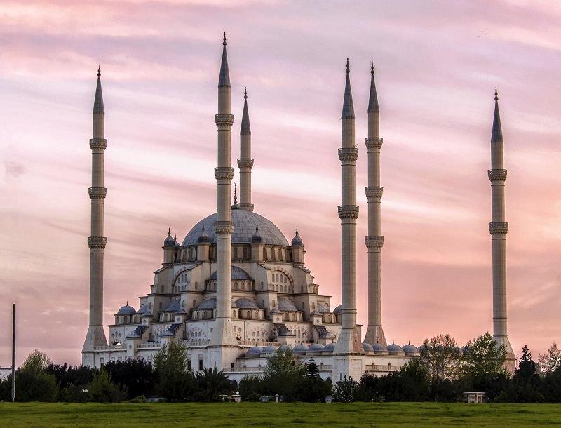 مسجد سابانجي (أضنة - تركيا)