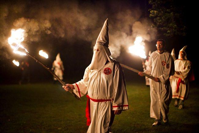 كلو كلوكس كلان ، اكثر الـ منظمات ارهابية في الولايات المتحدة - Klu Klux Klan