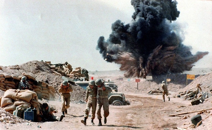 الحرب العراقية الإيرانية بين عامي 1980 و 1988