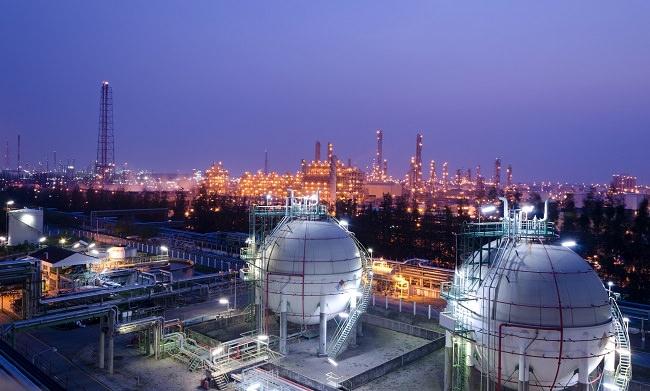 الشركة الوطنية الإيرانية للنفط - 6.4 مليون برميل يومياً