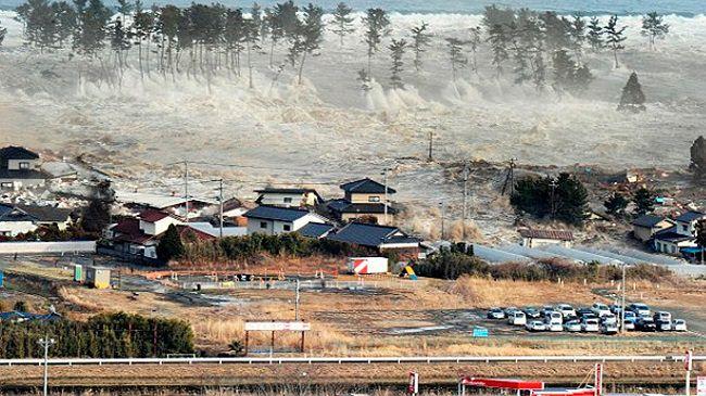 زلزال و تسونامي في ولاية أوريغون الأمريكية، ما بين سنوات 2015 و 2065