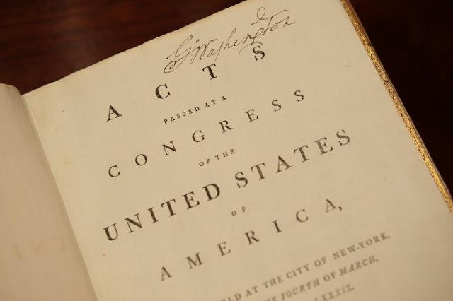 نسخة من دستور الولايات المتحدة لـ «جورج واشنطن» – 10.2 مليون دولار
