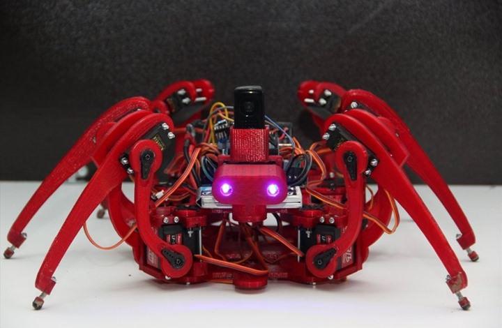 الروبوت العنكبوت