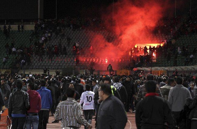 مذبحة بورسعيد سنة 2012 - عدد الوفيات 77 شخص