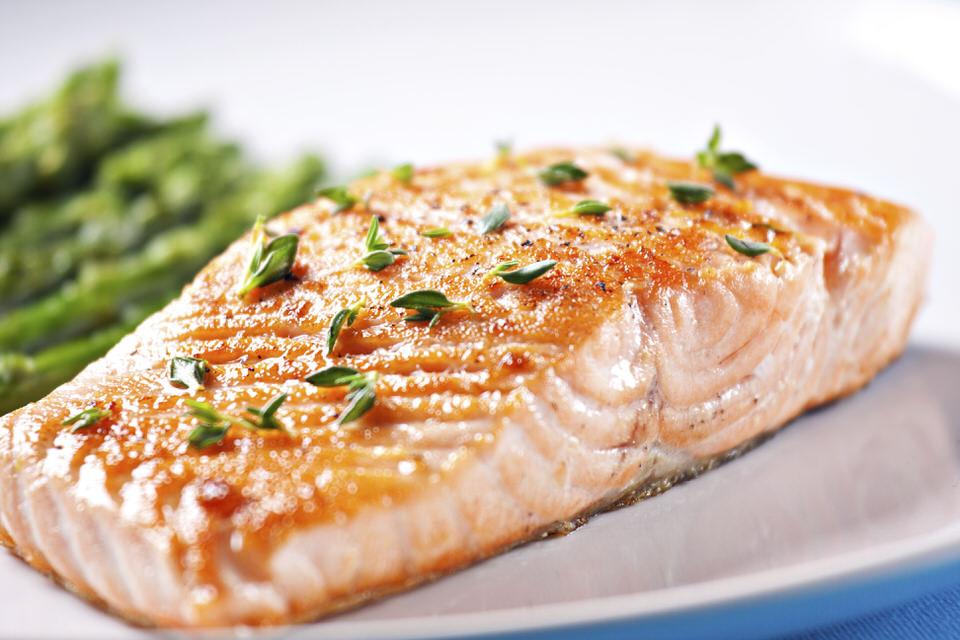 سمك السلمون - نسبة البروتينات 22%