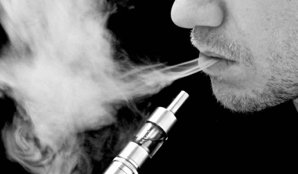 مواصلة عادة التدخين