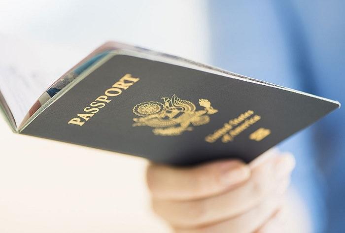 عدم التأكد من صلاحية جواز السفر