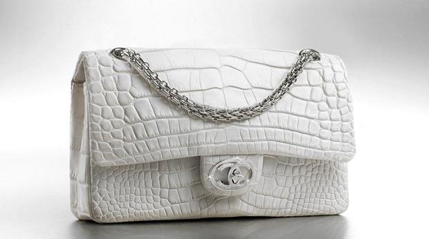 حقيبة «الماس للأبد» لـ Chanel بـ 261 ألف دولار
