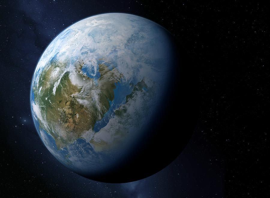 الجرم السماوي الثلجي الملتهب Gliese 436b