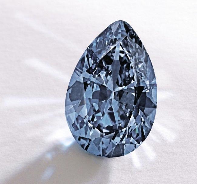ماسة زو The Zoe Diamond - بـ 32.6 مليون دولار