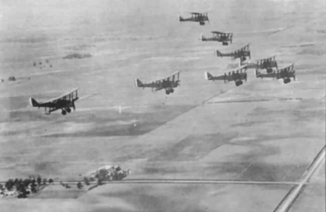 معركة سان ميهيل الجوية في أول معارك جوية في التاريخ - الحرب العالمية الأولى سنة 1918