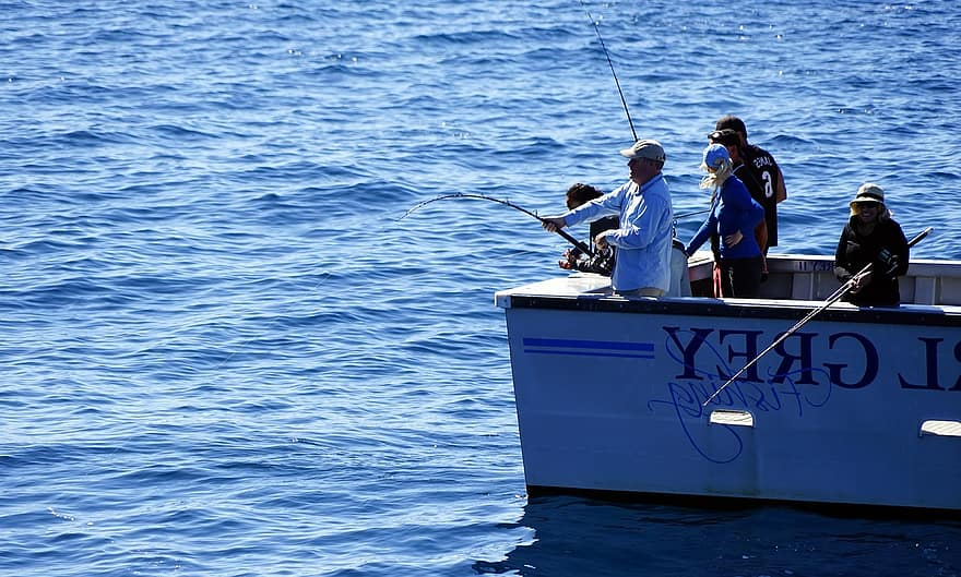 الصيادين في أعماق البحار