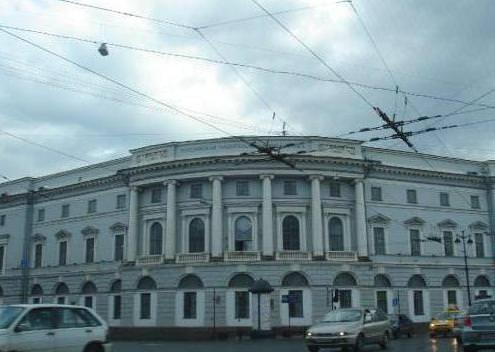 مكتبة روسيا الوطنية - سانت بطرسبرغ 36.5 مليون مادة