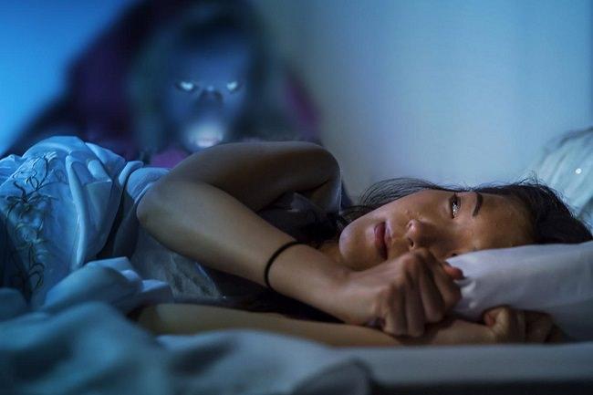 تختلف مدة شلل النوم من شخص إلى آخر