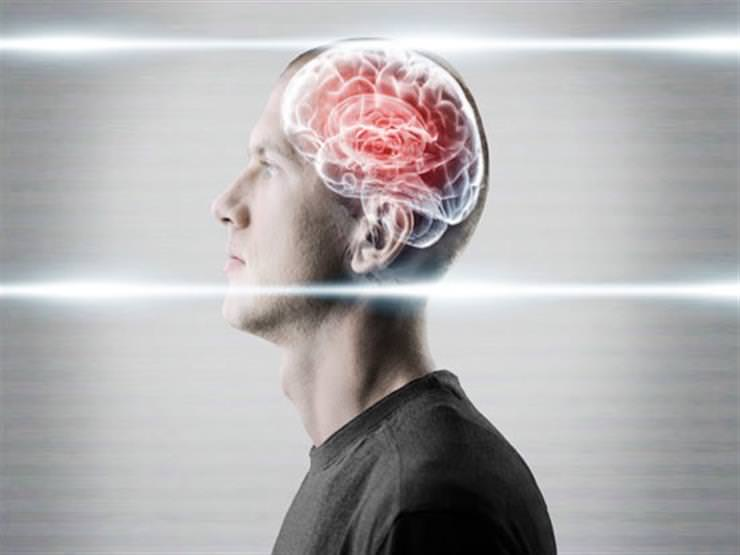 يسبب تلف خلايا المخ وقد يؤثر على الذاكرة