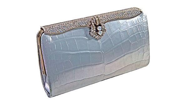 حقيبة «كليوباترا» لـ Lana Marks بـ 250 ألف دولار