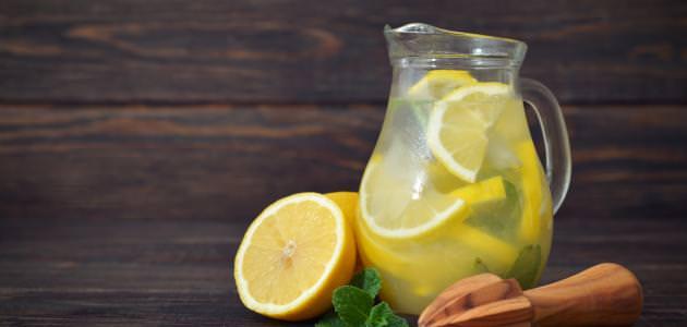 عصير الليمون الطبيعي