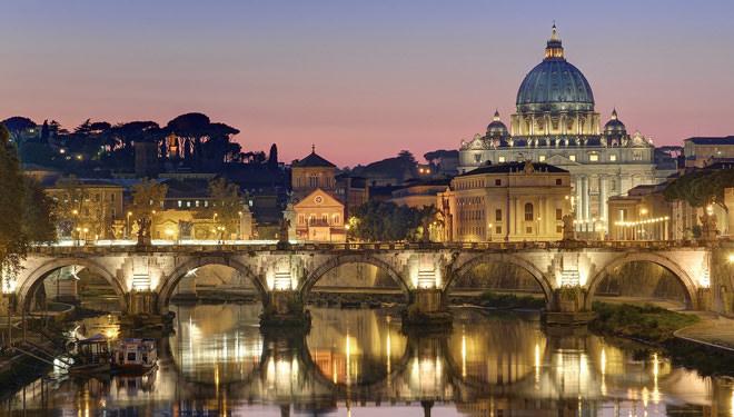 الفاتيكان - 0.44 كم مربع