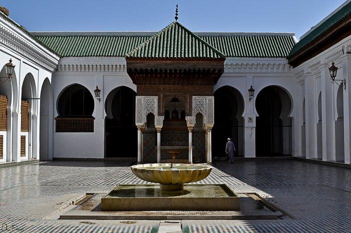 جامعة القرويين في المغرب - تأسست في عام 859