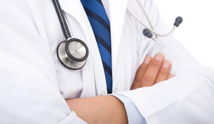 الأطباء - بمتوسط دخل 15،600 دولار شهريا