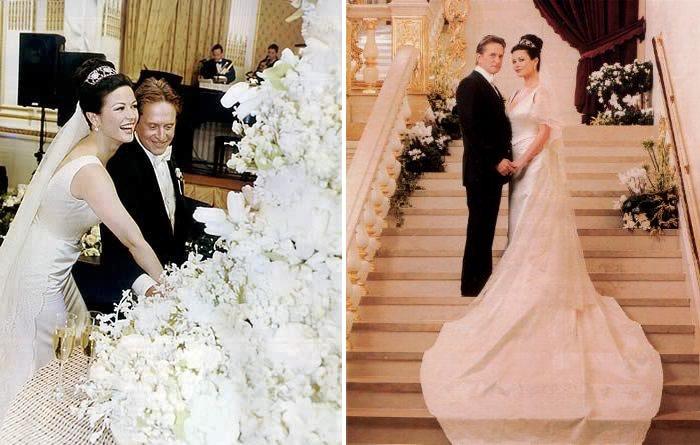 فستان زفاف «كاثرين زتا جونز» - 150 ألف دولار