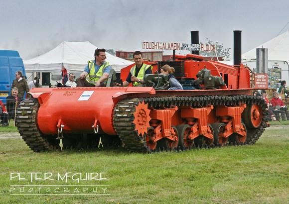تحويل الدبابات إلى جرارات زراعية