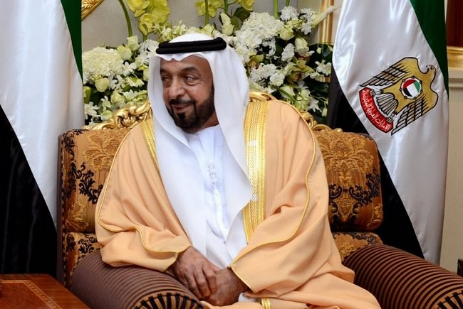 الشيخ خليفة بن زايد آل نهيان، رئيس الإمارات العربية المتحدة - 15 مليار دولار