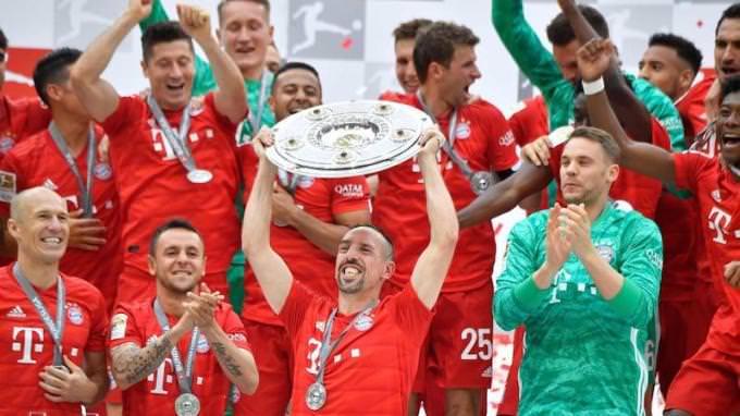 بايرن ميونيخ: الإيرادات - 660.1 مليون يورو