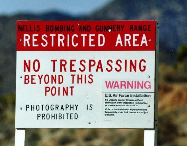 المنطقة 51 - اشهر قاعدة عسكرية في الولايات المتحدة الأمريكية