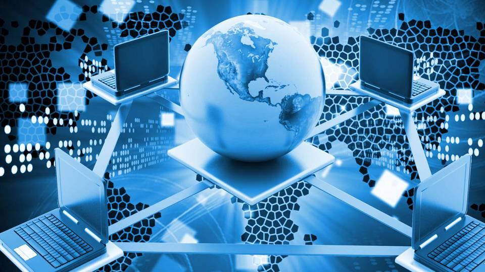 عدم توفر مؤسسات مسئولة عن الانترنت