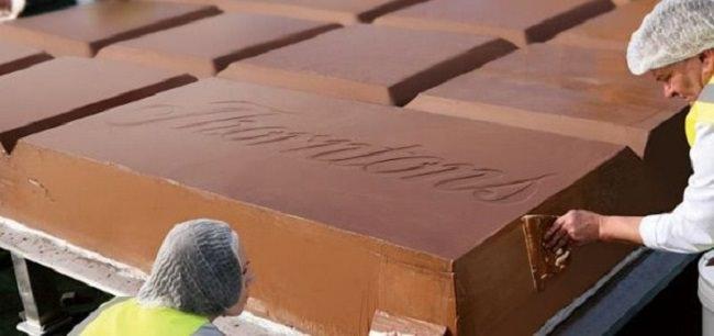 لوح شوكولاته بزنة 6 أطنان