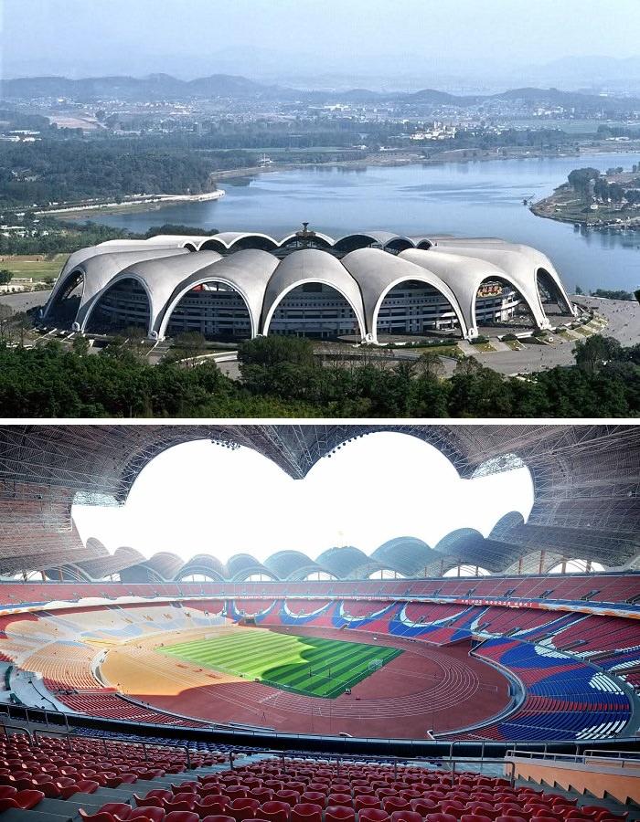 ملعب رانغرادو ماي، كوريا الشمالية - 150 آلاف متفرج، اكبر ملاعب كرة القدم في العالم